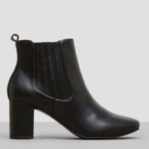 👠Kenneth Cole Classic Ankle Boot Bootie Slip-on